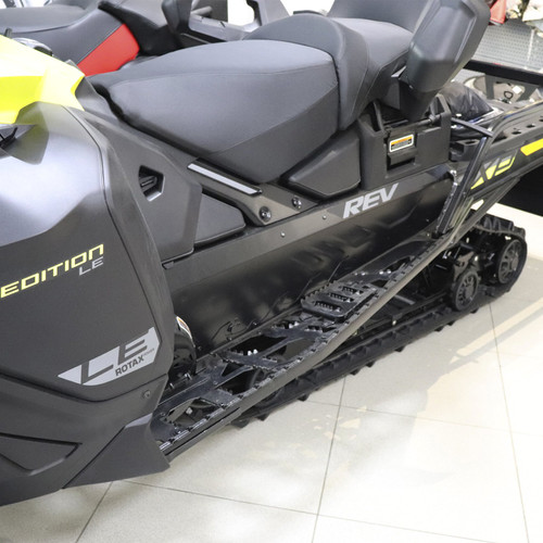 Cнегоход Expedition LE 900 ACE-E 20 EUR Sunburst Yellow-Black